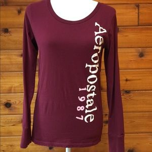 Aeropostale long sleeve tee.
